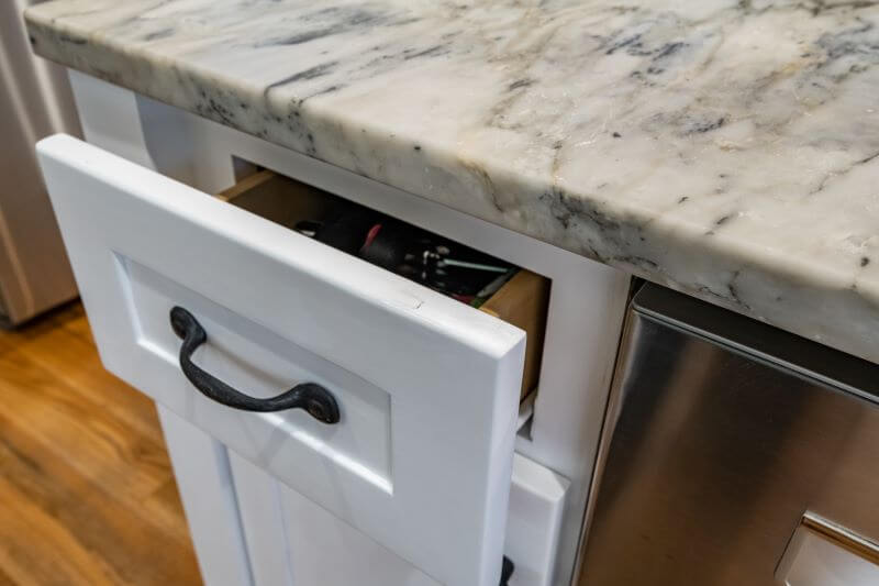 kitchen cabinets painting 1